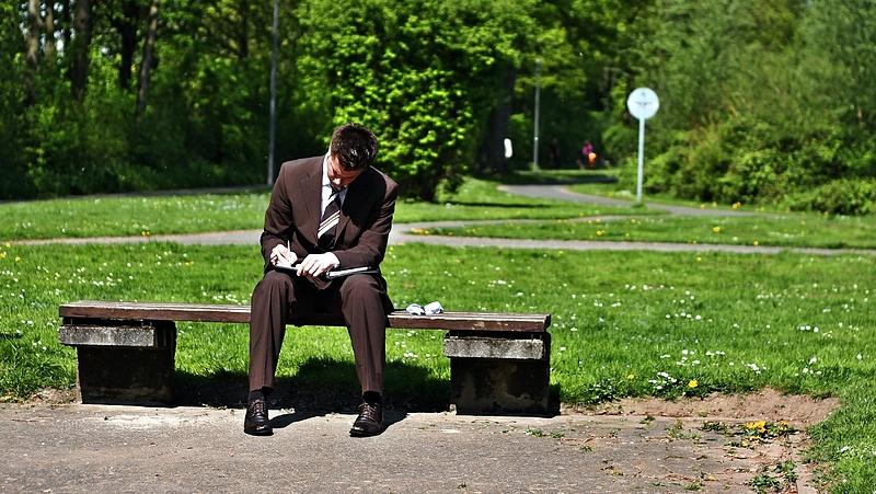Bérkiegészítés segíti a több mint egy éve nem dolgozók elhelyezkedését