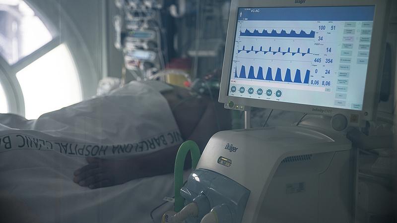Csalás gyanúja miatt jelentette fel az MNB az egyik lélegeztetőgép-beszállító céget