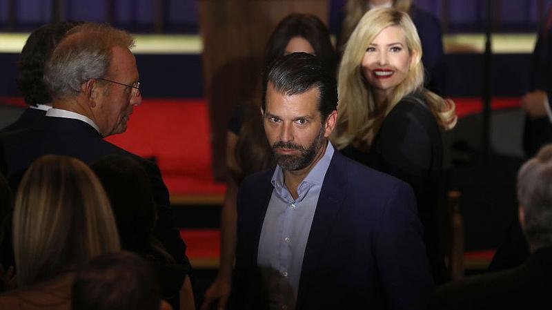 Újabb Trump családtag lett koronavírusos