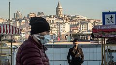 Törökországban sem segített a kijárási tilalom a járványhelyeten