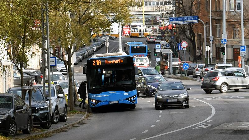 Online is rendelhet buszt a BKK-tól