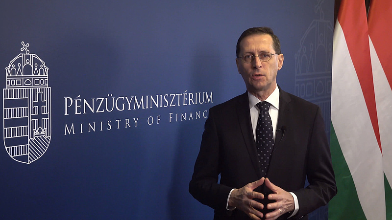 Patinás cégeknek oszt milliárdokat a magyar kormány