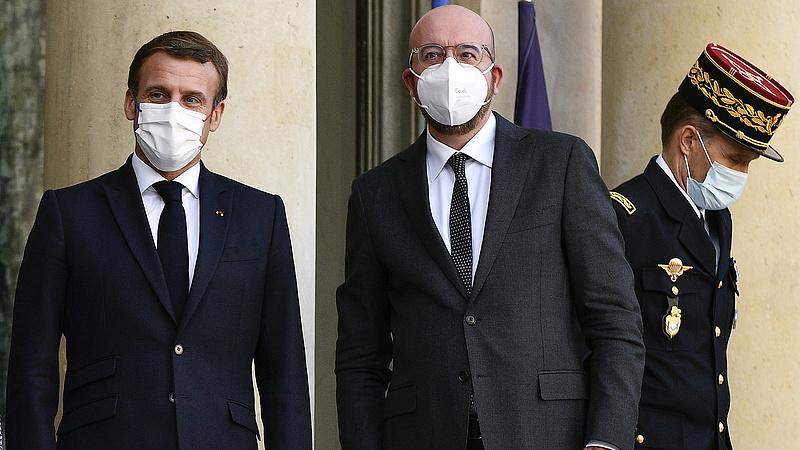 Macron miatt karanténba vonul az Európai Tanács elnöke