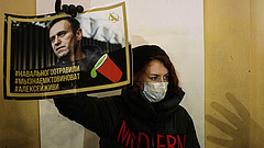 Aggódnak Navalnij életéért, tüntetéseket szerveznek a támogatói