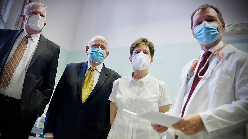 Kásler: nem kértük a járványt, de így alakult