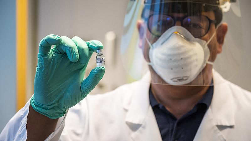 Akadozóban a koronavírus-vakcinák elosztása