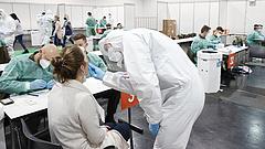 Koronavírus: újabb 1860 beteg és 99 halott Magyarországon