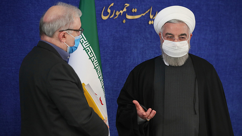 Bankszámlaszámon akadt fenn az iráni elnök a vakcinák kapcsán