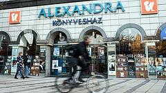Többen pórul jártak, de még csak nyomoznak Alexandra-ügyben