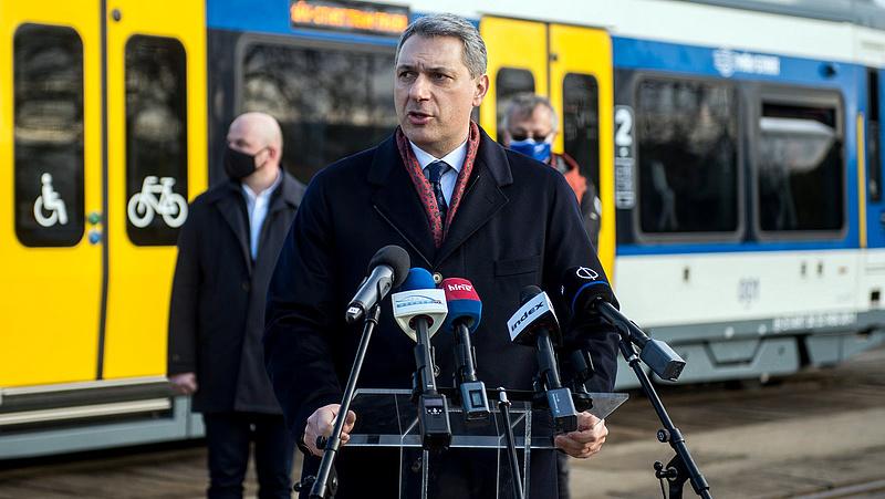 Most tervezteti a NIF a tram-train hódmezővásárhelyi új kocsiszínjét