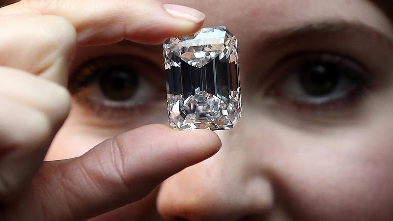 A koronavírus megdöntött egy tabut a gyémántpiacon is