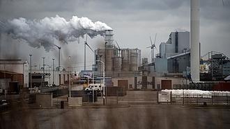 Döntött az EP, meg kell emelni a kibocsátáscsökkentési célt
