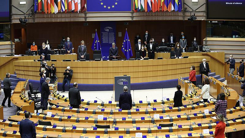 Szétszakítják az EU-t vagy mi lesz?