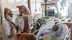Bohóc doktorok segítik a covidos betegek gyógyítását