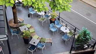 Telex: nyithatnak a vendéglátóhelyek teraszai, jöhetnek a rendezvények