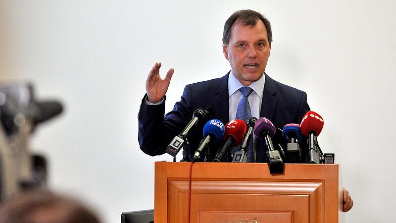 Koronavírus: Szlávik doktor ismét figyelmeztet