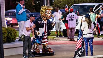 A republikánusok elintézték Trump ellenfelét