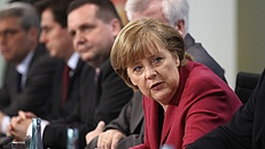 Angela Merkel váratlan magasságokba emelkedett