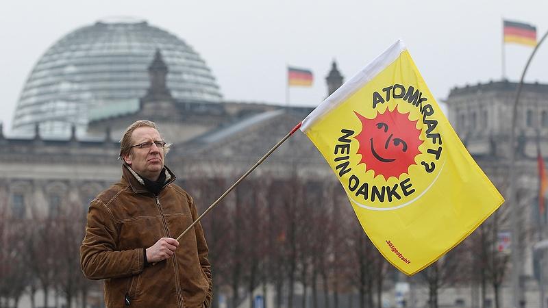 Merkel búcsúzóul betömte a német atomerőmű-ipar száját