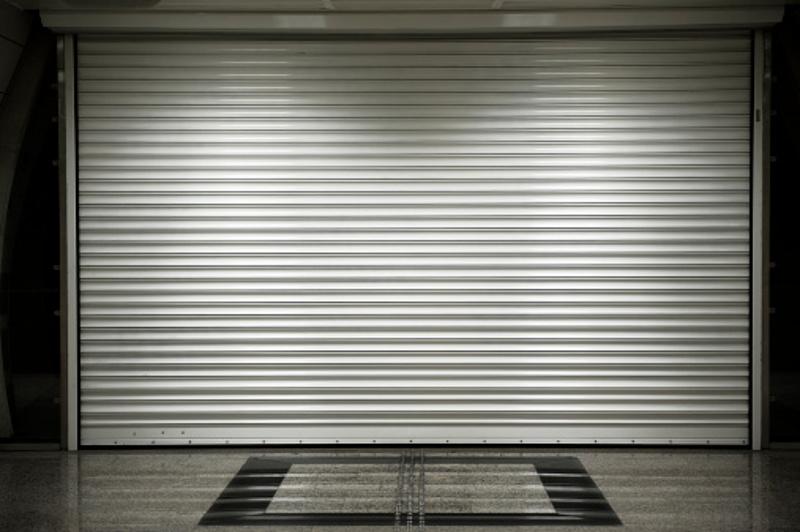 Most akkor milyen boltokat is kell mától zárva tartani?