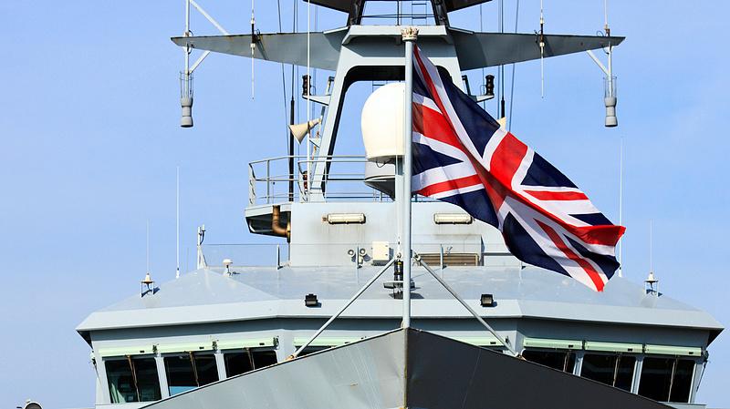Barátságtalan figyelmeztetést kapott a füllentő brit miniszterelnök