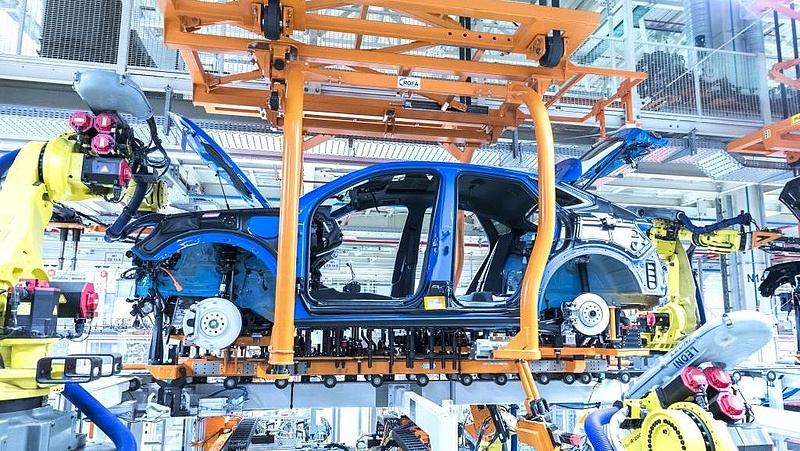 Oldalról előzi a Google-t az Audi