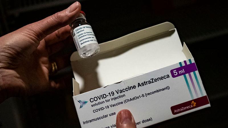 Koronavírus: Brüsszel a belga jog alapján perelheti be az AstraZenecát