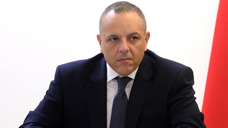 Pénzmosás miatt vádat emeltek a miniszterelnök kabinetfőnöke ellen Máltán