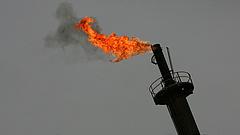 Az olajár esik,a tőzsdék viszont emelkednek