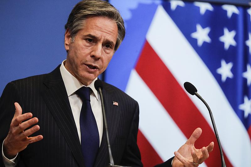 Blinken: válaszolnánk bármilyen agresszív orosz lépésre, de nem akarjuk élezni a feszültséget