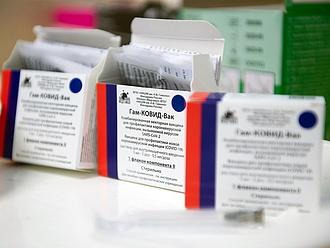 Szputnyik-vakcina: az orosz hatóság is megszólalt a halálesetek ügyében