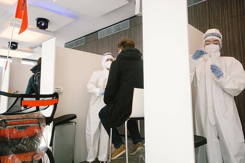 Koronavírus: így fékeznék a harmadik hullámot Németországban