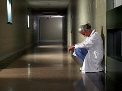 Súlyosbodó problémák miatt ismét Káslerhez fordult az orvosi kamara