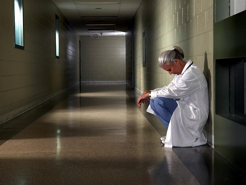 Emelkedik az egészségügyi szolgáltatási járulék 2022-ben