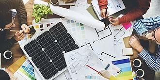 Ha hitelből is, de sokan tervezik, hogy napelemet tesznek a háztetőre