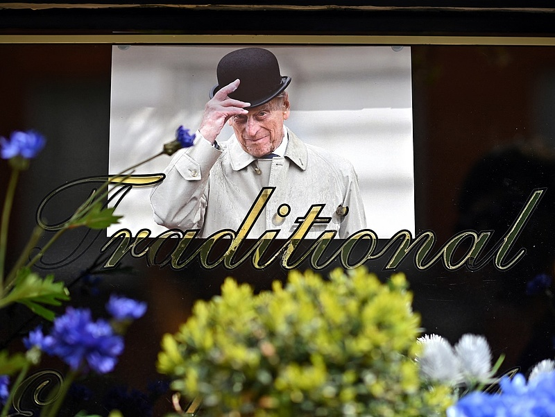 Nyolcszáz helyett harmincan búcsúztatják el Fülöp herceget