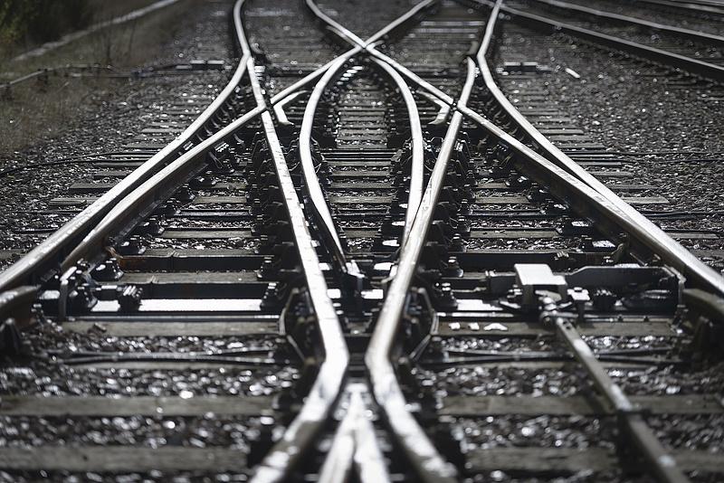 Tovább drágul a debreceni BMW-gyár vasúti fejlesztése