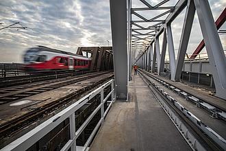 1000 tonnát engedtek a új vasúti hídra