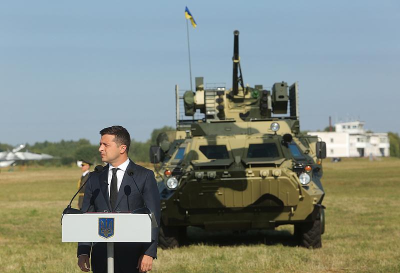 Ukrajna felkészül egy orosz támadásra, mozgósítják a tartalékosokat