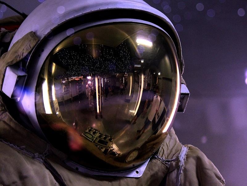 Valaki nyolcmilliárd forintot fizet, hogy az űrbe mehessen