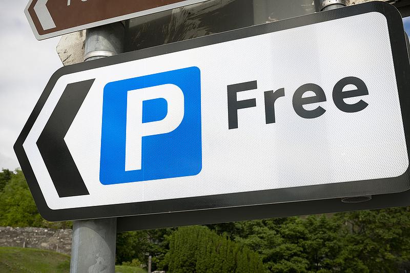 Ingyenes parkolás: tanulságos eredmény született