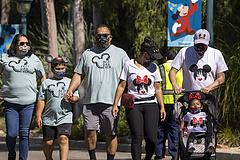 Kinyitott a kaliforniai Disneyland