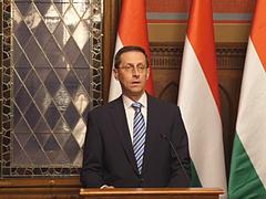 Varga Mihály az uniós válságkezelést bírálta
