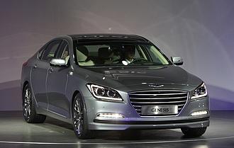 Új márka, a Genesis jelenik meg az európai autópiacon