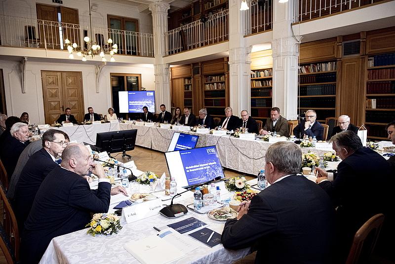 Orbán Viktor elárulta, mi a modellváltó egyetemek küldetése