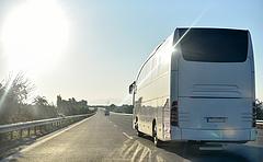 Szerencséje volt az államnak a fizetős utakkal, buszokból viszont kevesebbet látunk majd