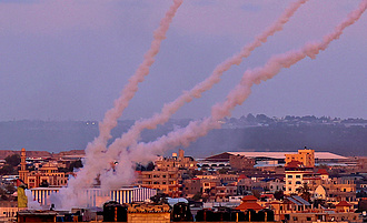 Biden tűzszünetet szorgalmaz a Gázai övezetben