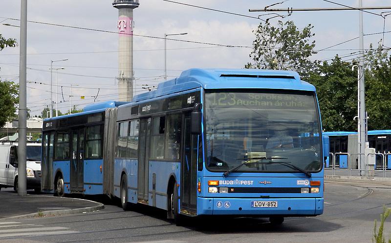 Nyugdíjazza az utolsó alacsonypadlós, holland buszát is a BKV