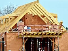 Áprilisban tovább gyengült az építőipar