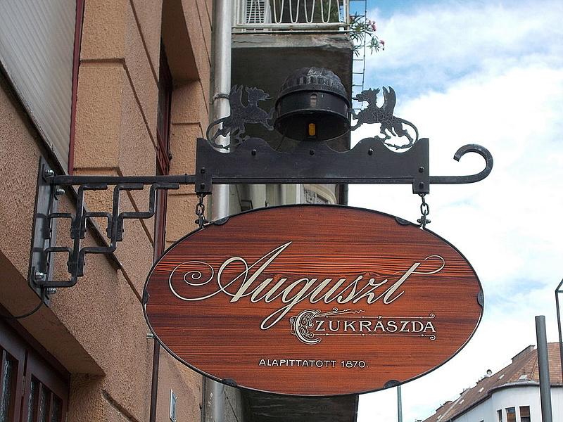 Legendás helyen nyit újabb egységet a patinás budapesti cukrászda